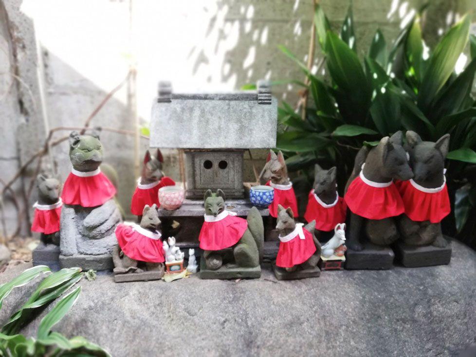 HUAWEI P20 liteで撮影した神社の狐たち