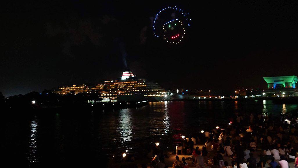 動画から静止画として保存した横浜の花火の写真