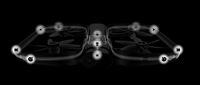 13個のカメラを搭載した「Skydio R1」