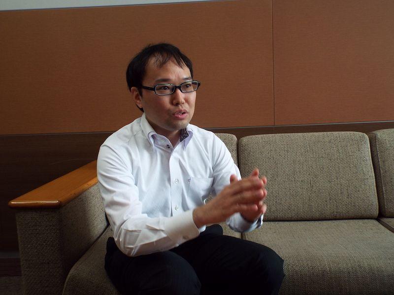 KDDI商品企画本部 サービス企画部 CXサービスグループ東海林新