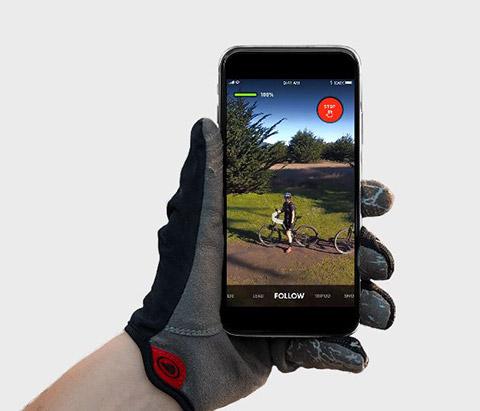 スマホアプリからコントロールできるドローン「Skydio R1」