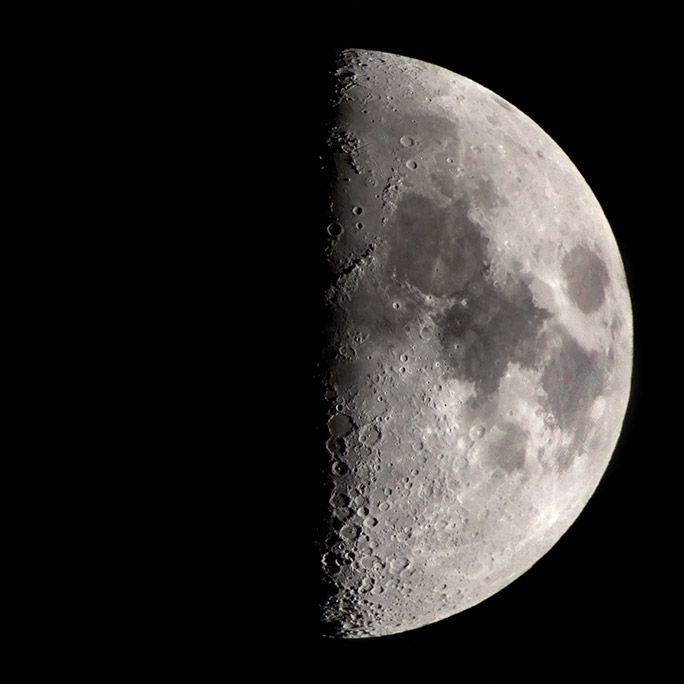 スマホ天体望遠鏡PalPANDA UDで撮影した月