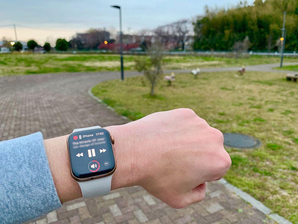 Apple WatchをつけてMusicを聞きながらランニング