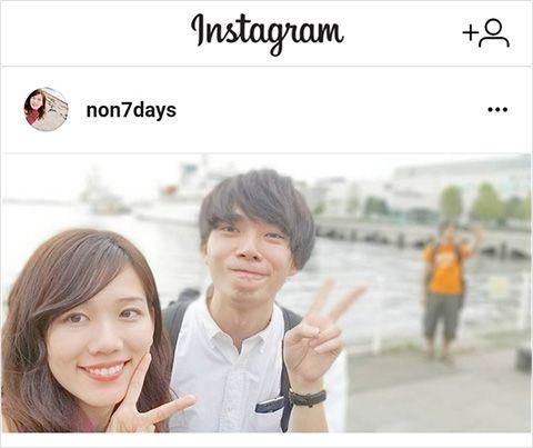 Galaxy Note8を使用してNOインスタ映え写真を撮影するカップル