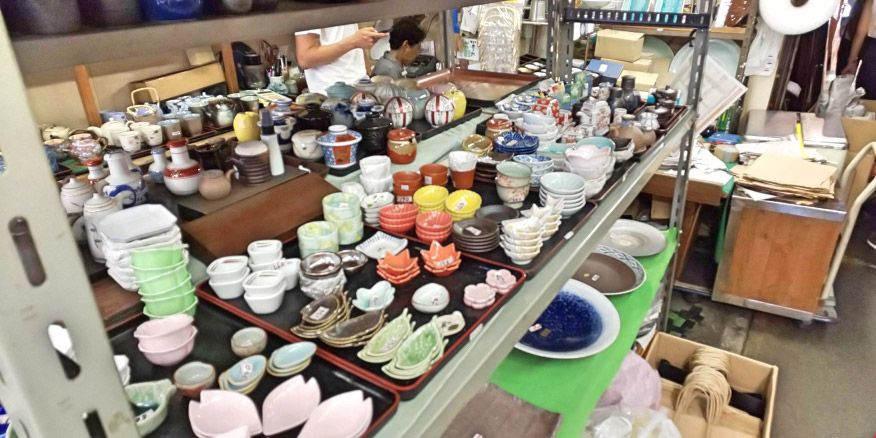 AQUOS R2で撮影した雑貨店の商品