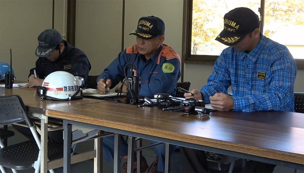 山岳遭難事案のため、現場に接待された消防署の指揮所