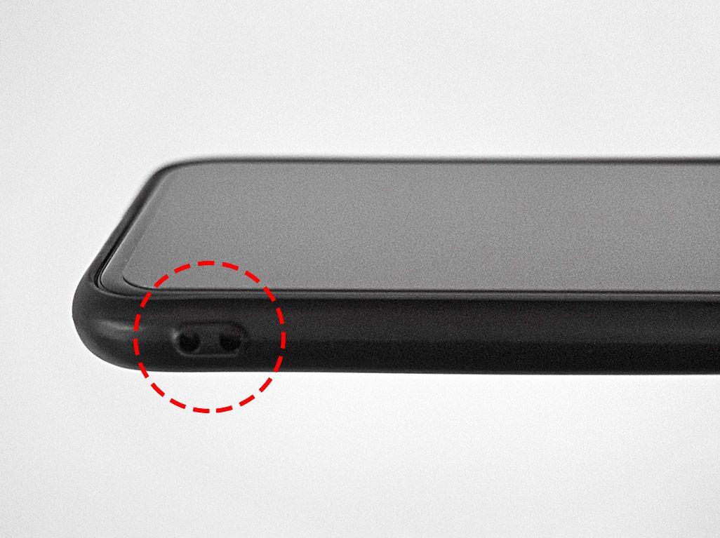 iPhone用スマホケース ストラップホール