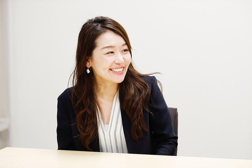 KDDI 渡部麻美/商品企画担当