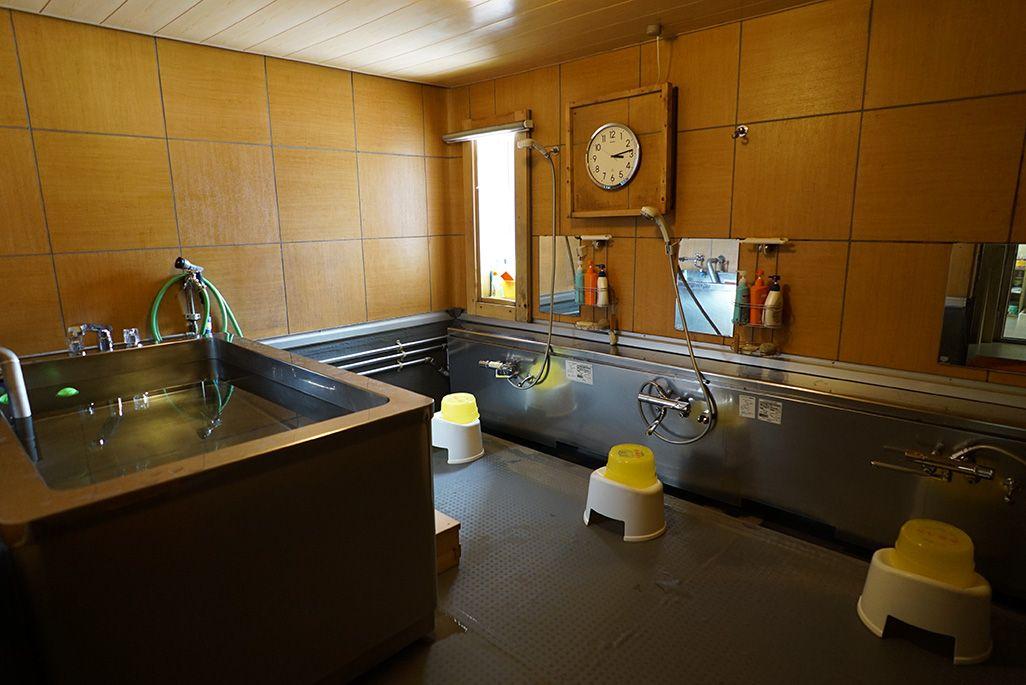 南極・昭和基地の宿舎の浴室