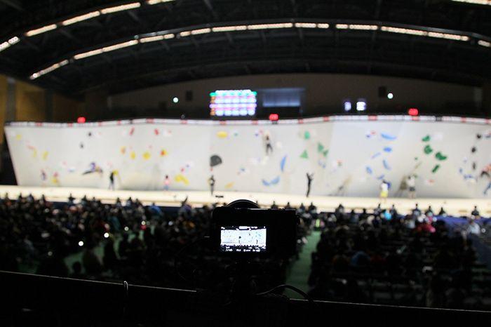 ボルダリング・ジャパンカップ会場に設置された自由視点VR用カメラ