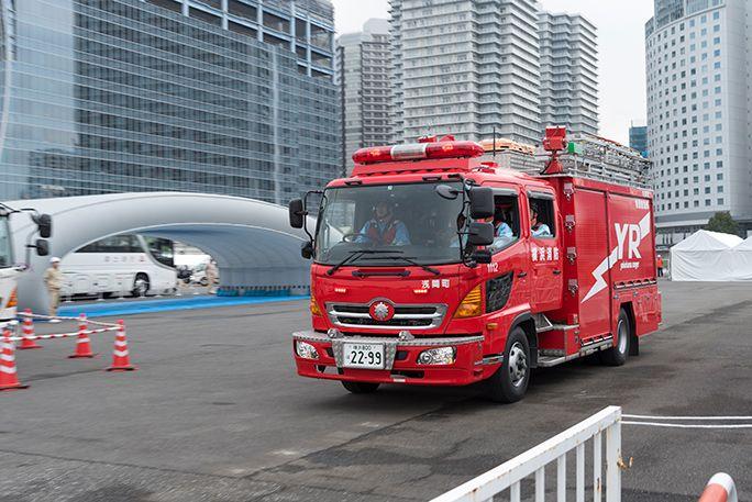 横浜市消防局救助工作車が出動