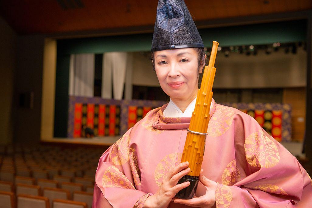 伶楽舎の笙奏者・東野珠実さん