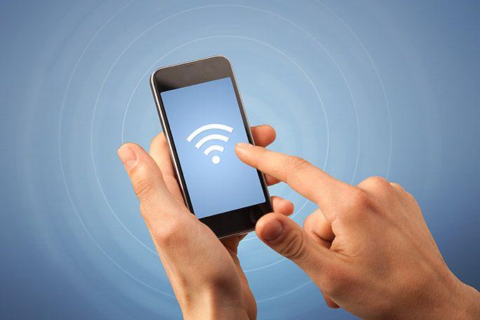 Wi-Fi環境にあるスマホ