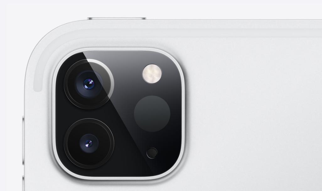 iPad pro 2020 のカメラ部分