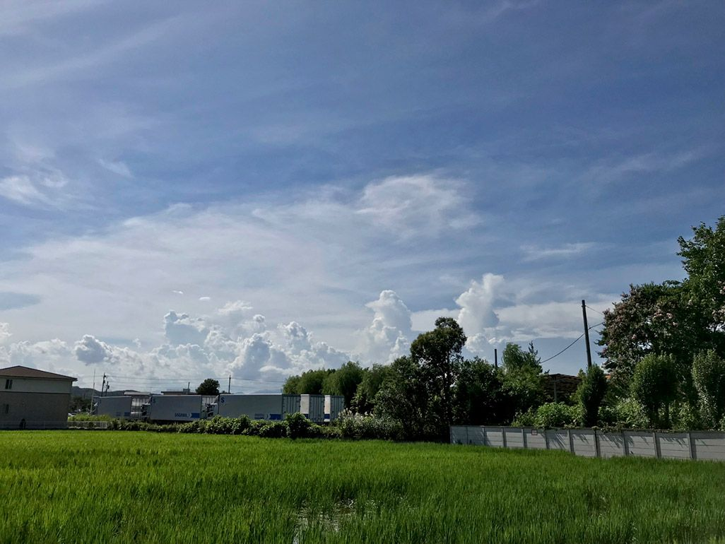 iPhoneでHDR撮影した「夏の入道雲」