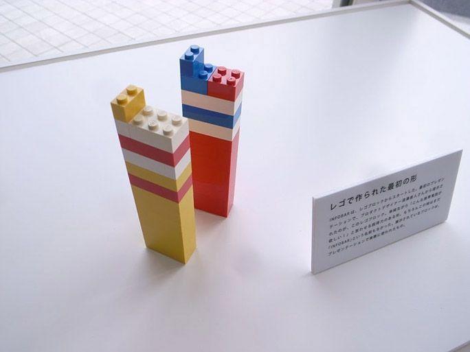 レゴで作られたINFOBARのプロトタイプ
