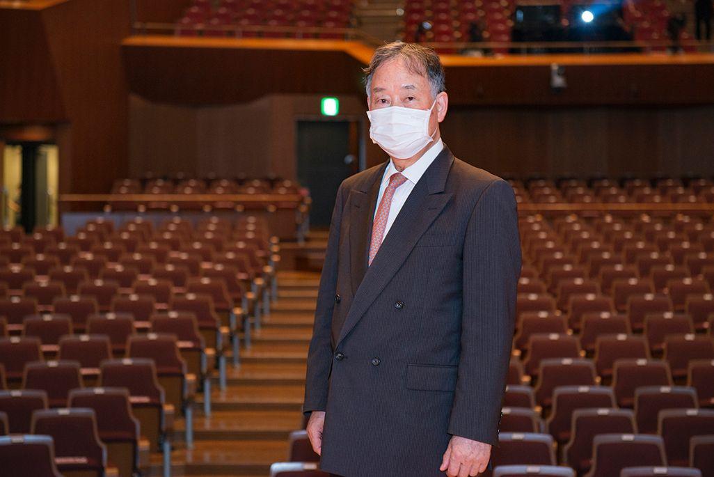 東京混声合唱団事務局長の村上満志さん