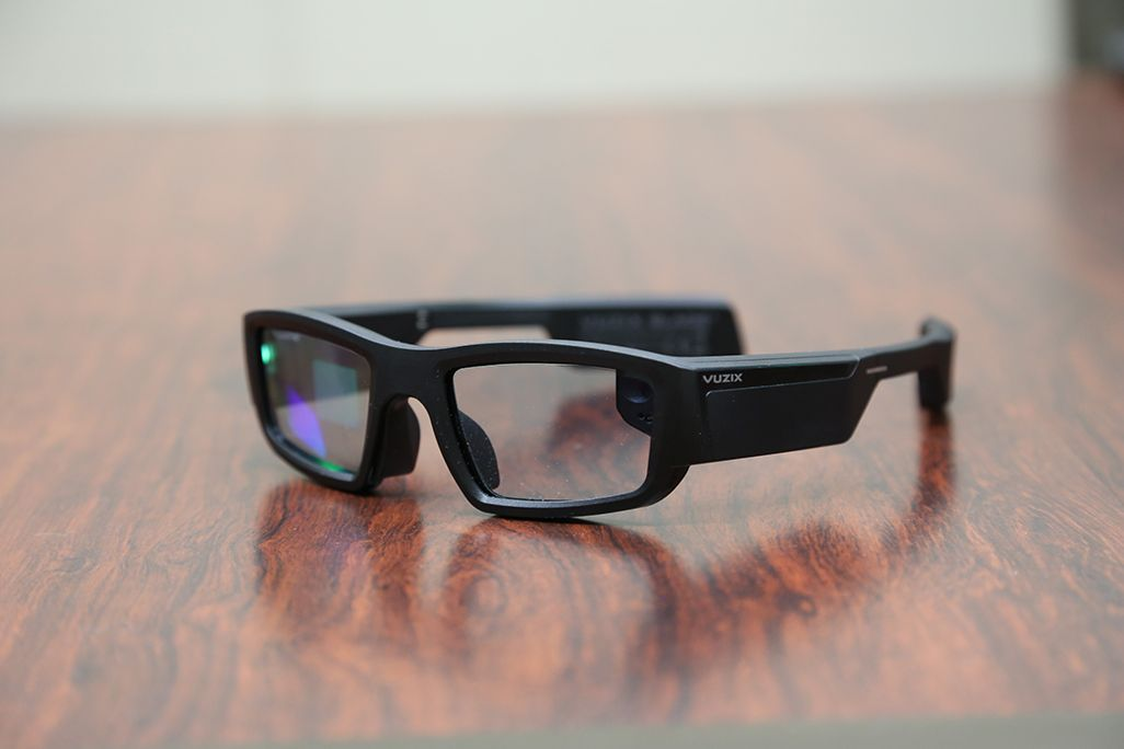 ハンズフリー介護作業支援システムで使用するARメガネ