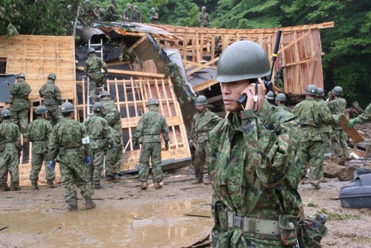 2011年の東日本大震災にて、陸上自衛隊がイリジウムを活用している様子