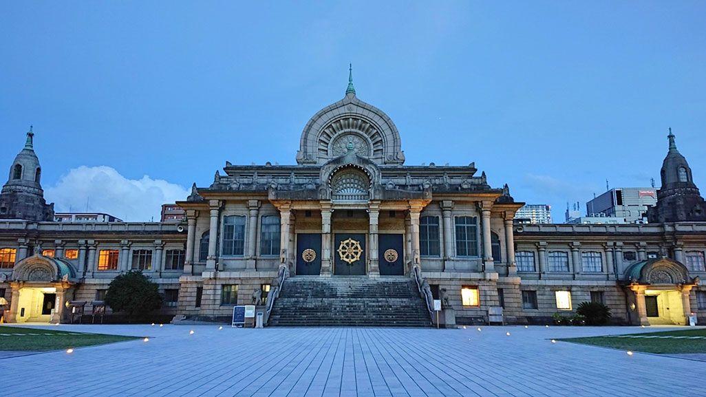 Xperia XZ2 Premiumで撮影した築地本願寺