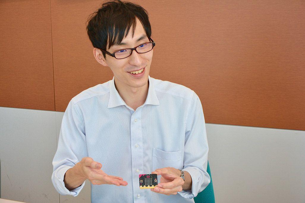 KDDI 技術企画本部 技術開発戦略部 岡本浩尚