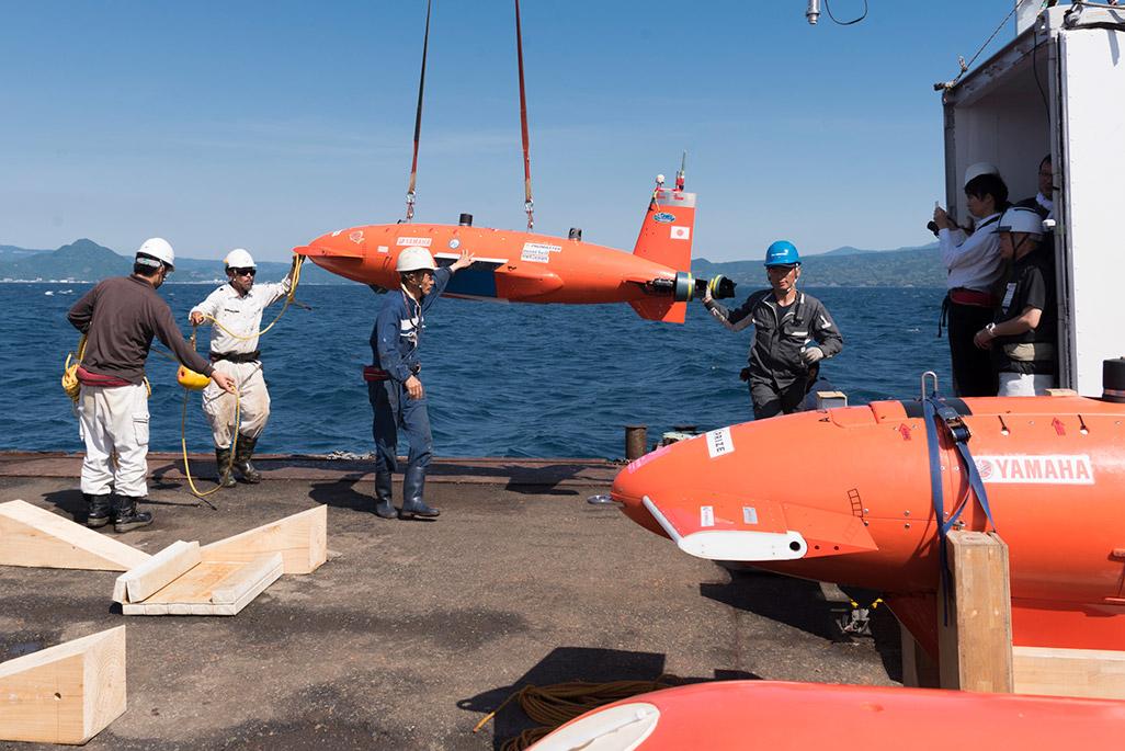駿河湾で行われた「Team KUROSHIO」の実験の模様