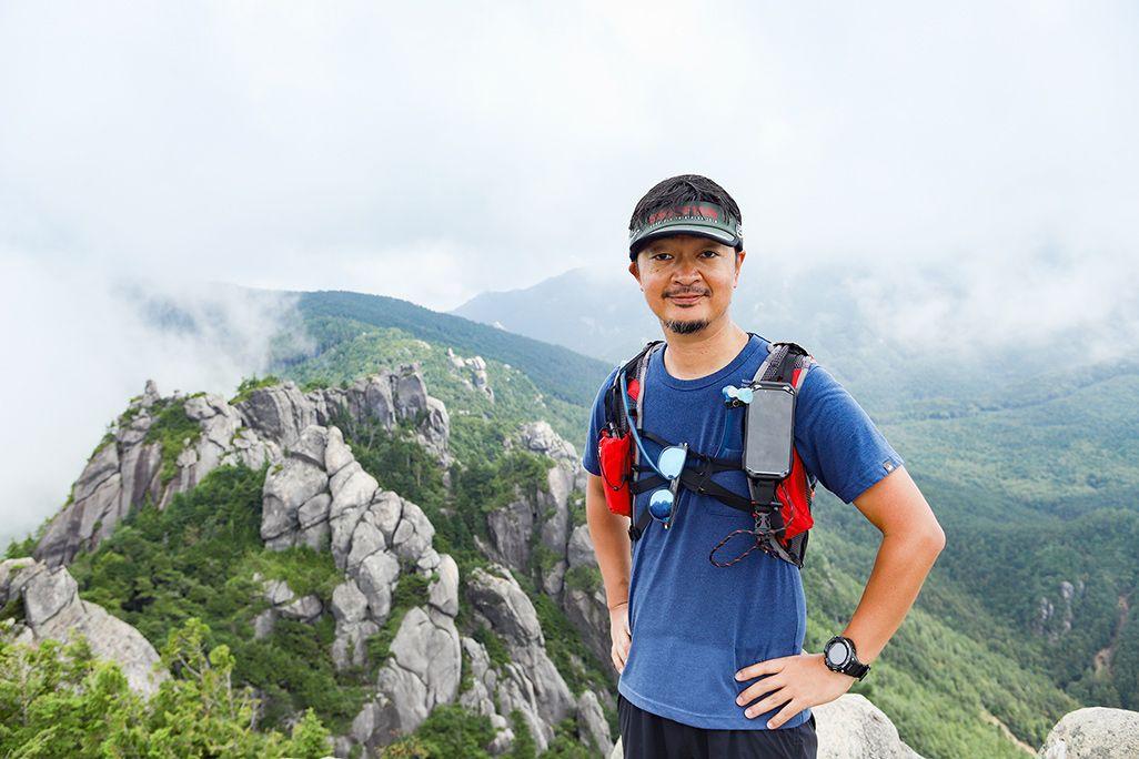 瑞牆山を登山するヤマップ板橋さん