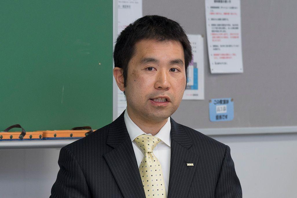 KDDI 総務部 サステナビリティ推進室長 鳥光健太郎