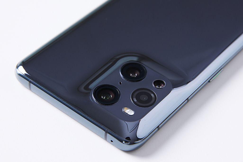 OPPO Find X3 Proのカメラ部分