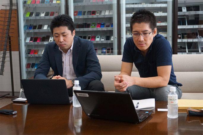 保険屋さんの今井さん(写真左)と松浦さん(写真右)