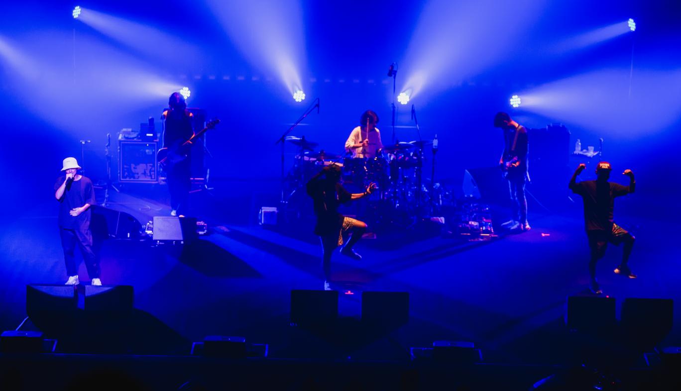 山口県「KDDI維新ホール」におけるORANGE RANGE 20周年ライブ