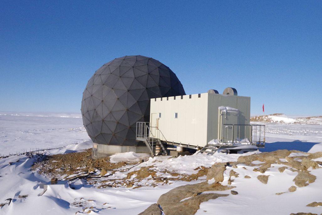 南極のレドーム