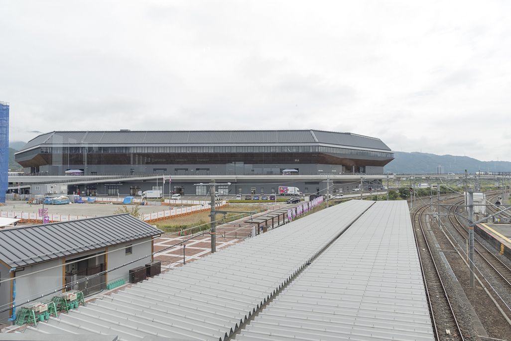 JR亀岡駅からサンガスタジアム by KYOCERAを望む