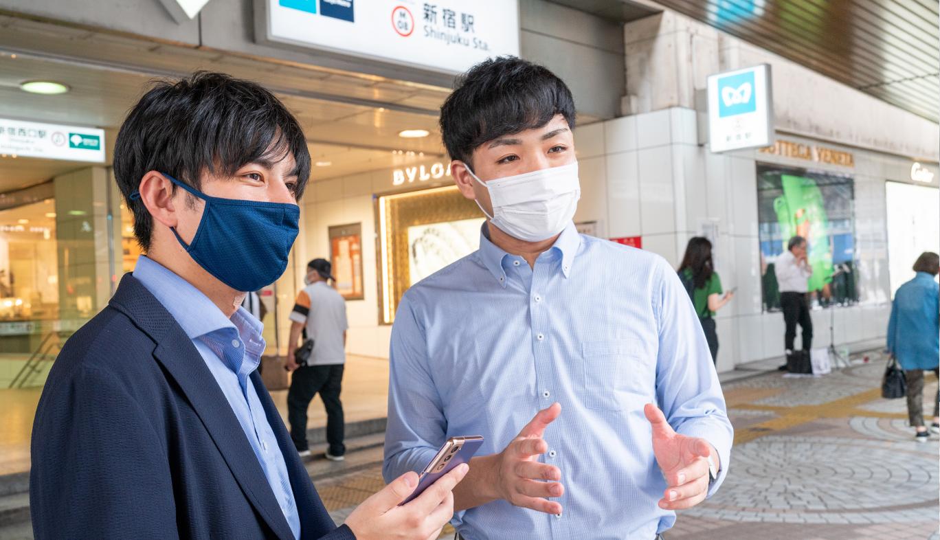 新宿駅の出口でau5Gの電波調査結果3