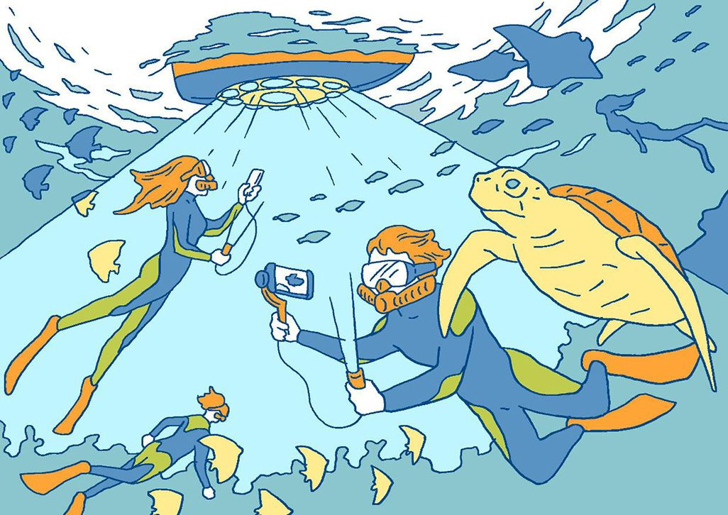 ボートの底から青色LED光通信で海中から中継