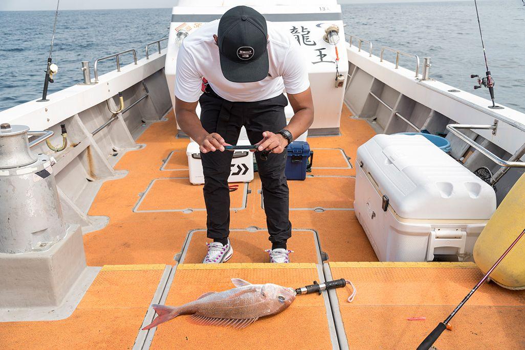TORQUE G04の Fishingモードで撮影している攝津正