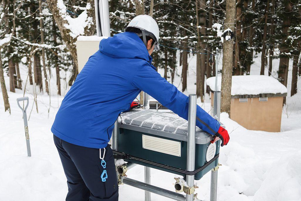 白馬村の可搬型基地局設置のための昇圧機