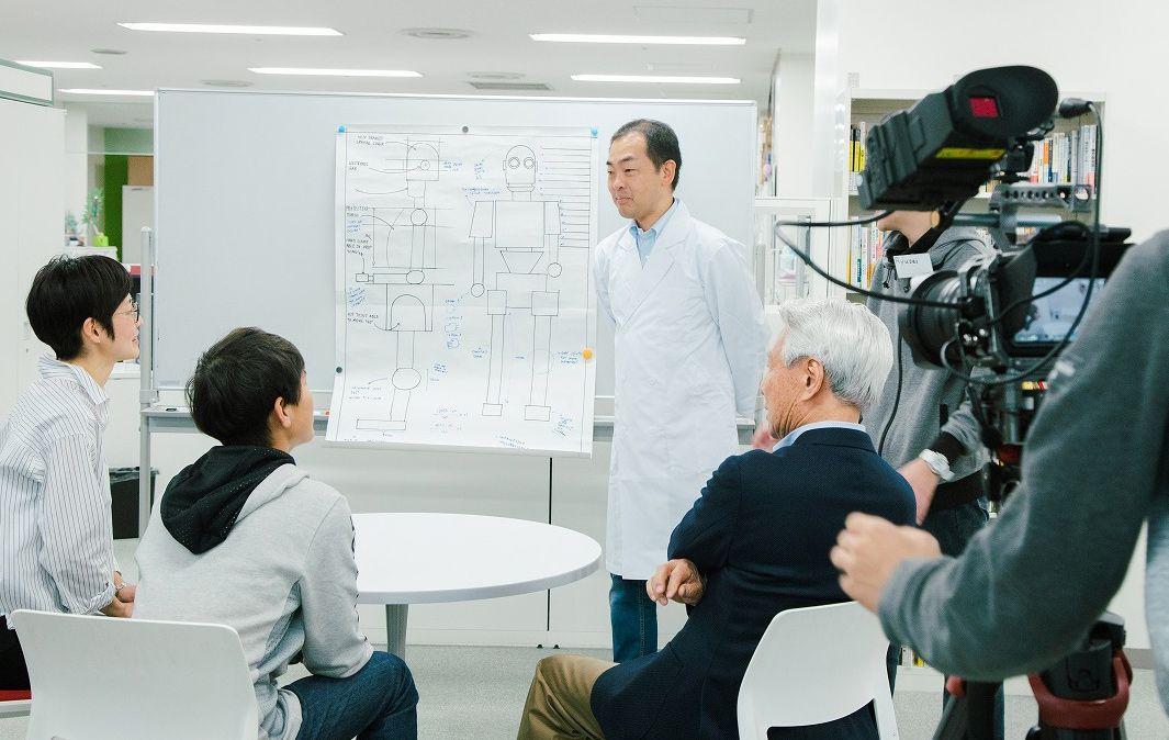 ドキュメンタリー映像で語るKDDI新井田統