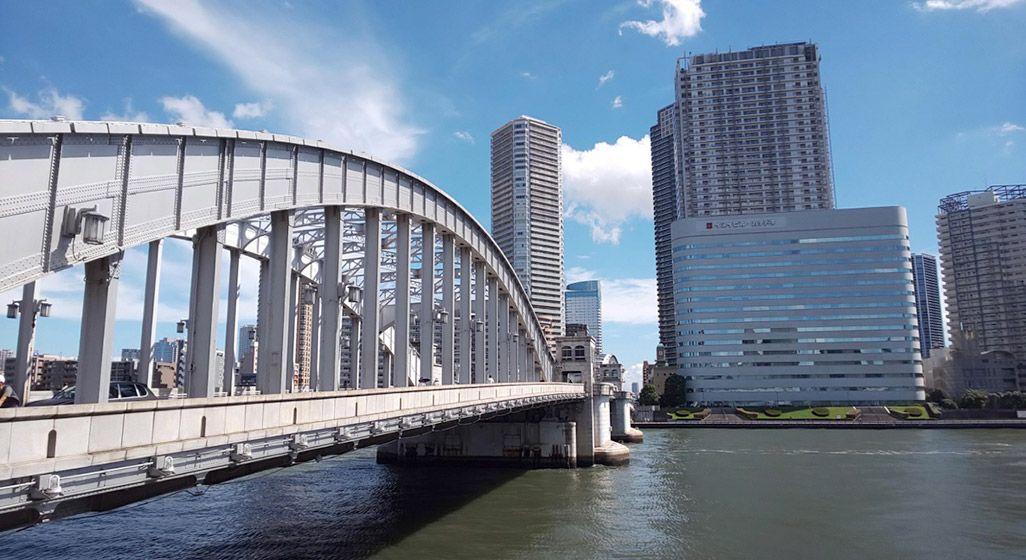 AQUOS R2で撮影した勝鬨橋