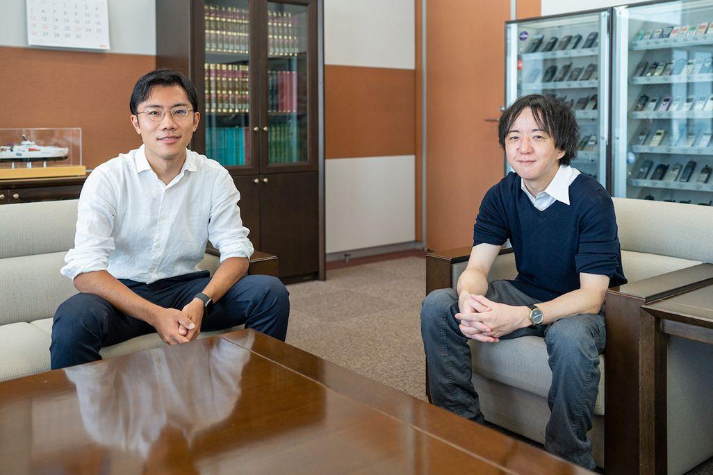 KDDIの石川洋平(左)と田口健太(右)
