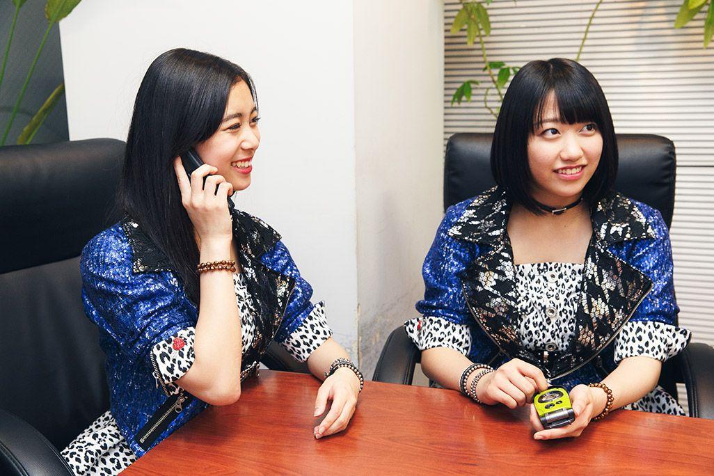 未来のビジョンを語る井上玲音と和田桜子