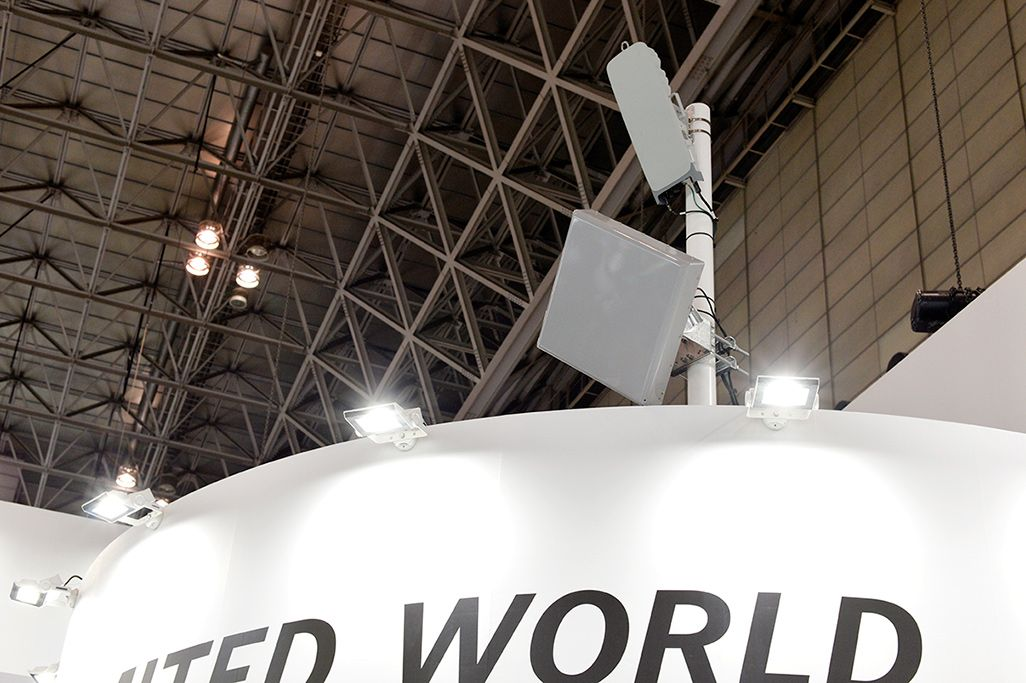 「CEATEC 2019」会場に電波を吹かせる5Gアンテナ