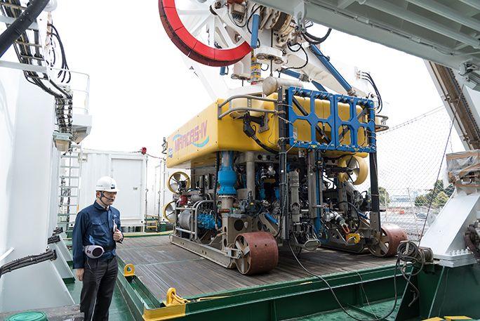 海中での作業を行う水中ロボット「MARCAS-IV」