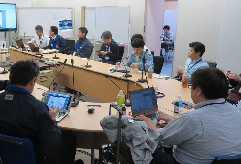 復旧対策の指揮を執るKDDI内の「運用対策本部 新宿危機管理対策室」