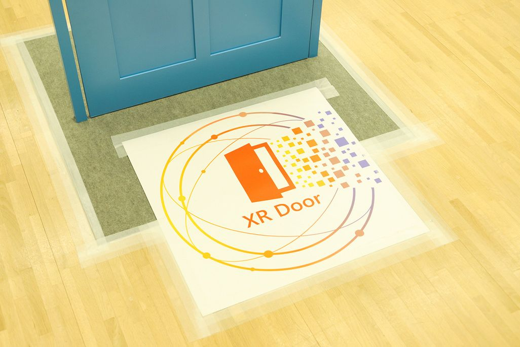 KDDI「XR Door」ブース