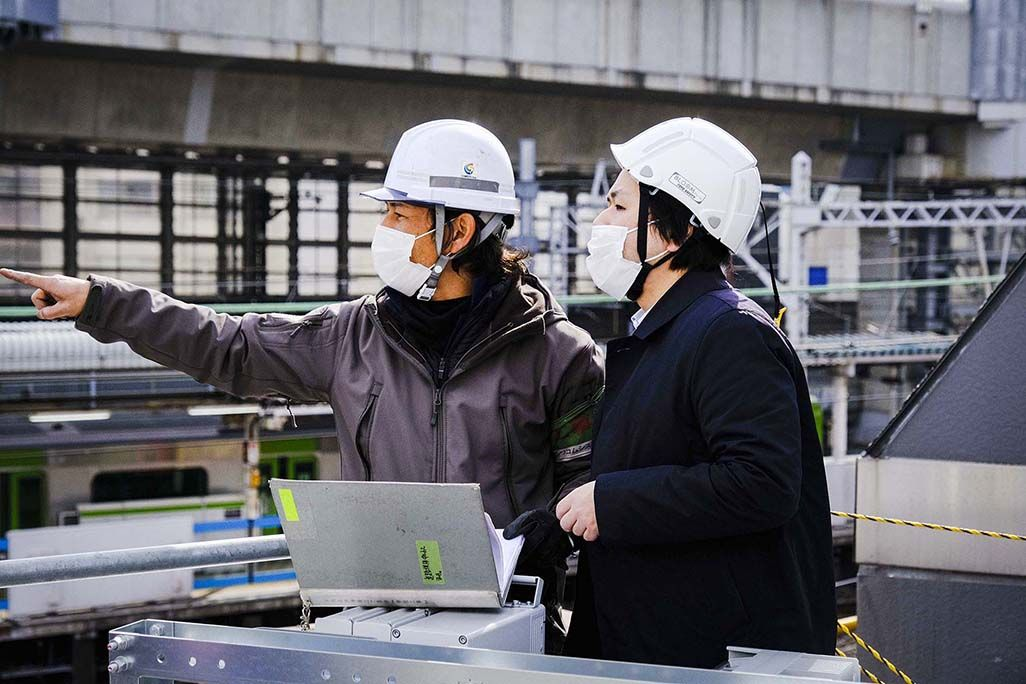 JR神田駅周辺で行われたau 5Gの電波対策