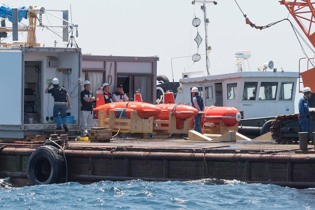 AUV(自律航行型海中ロボット)
