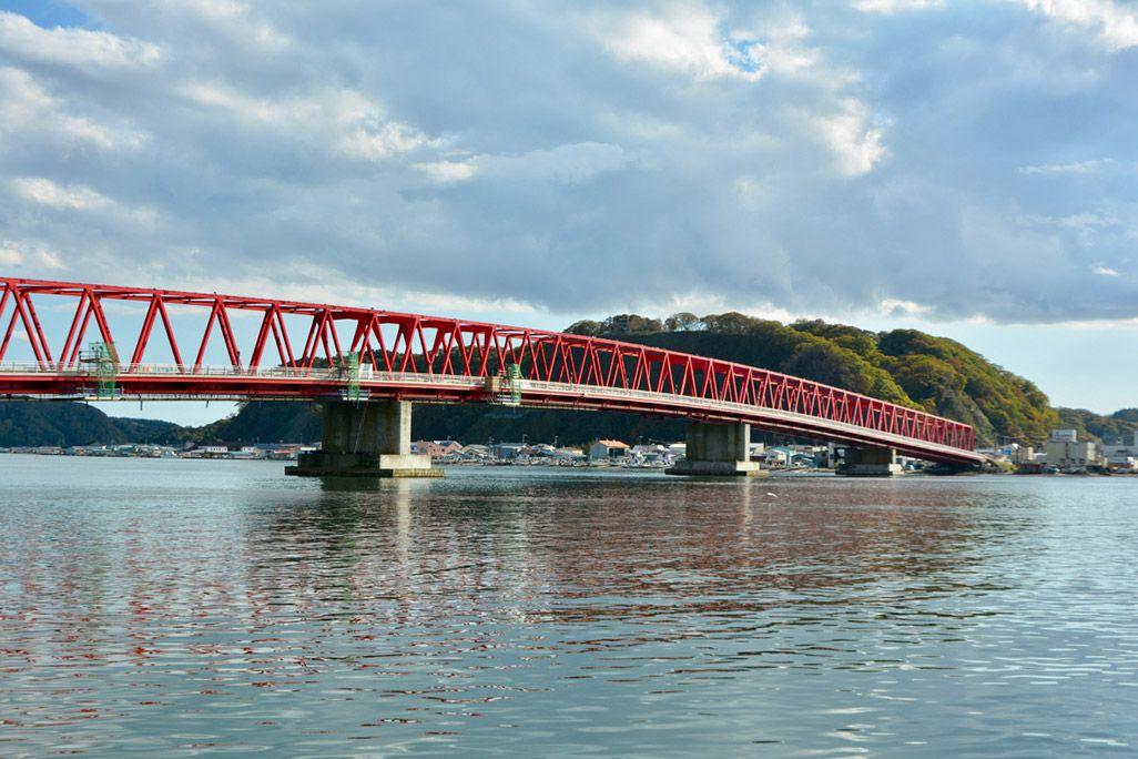 北海道厚岸町の厚岸大橋