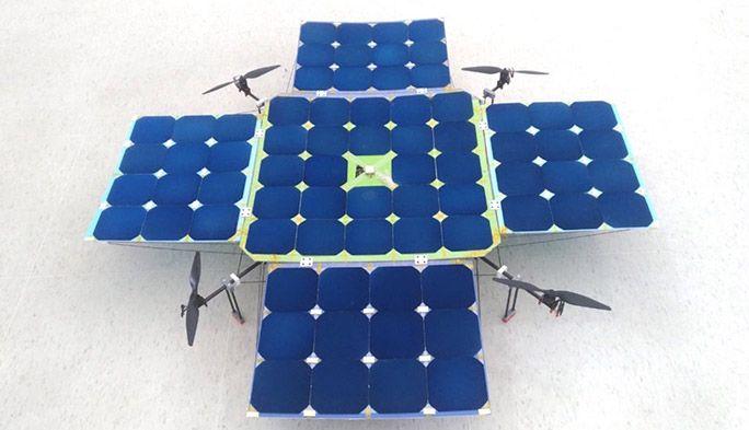 飛行時間の短さを克服へ! ソーラーパネルそのものをドローンにする最新技術がスゴい