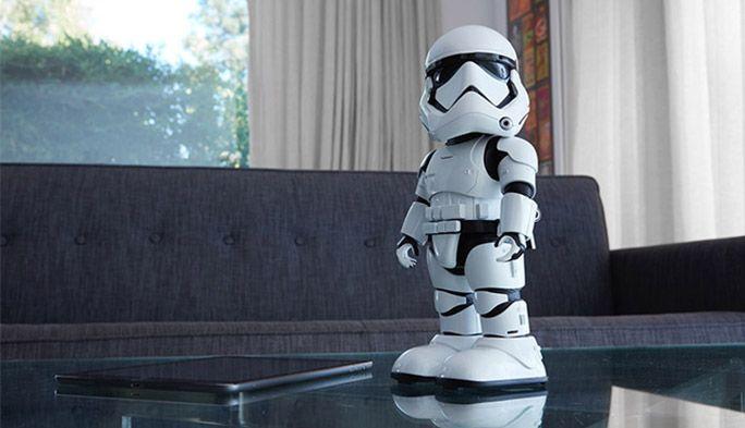 『スター・ウォーズ』の『ストームトルーパー』がシリーズ初の二足歩行ロボットで登場